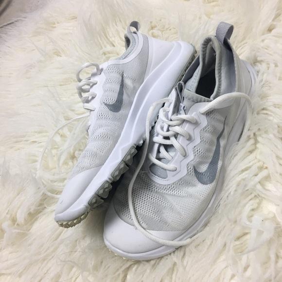 b1b335c6a62f Nike Fi Bermuda Women s Golf Shoes 7.5. M 5ab80c61a825a6f73430394e